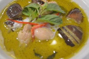 グリーンカレー|大宮でタイ料理を食べるならカンラヤ
