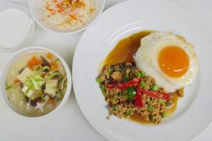 ガパオライス|大宮でタイ料理を食べるならカンラヤ